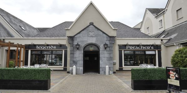 THE CASTLE ANTIQUES & CRAFT CENTRE, Ennis